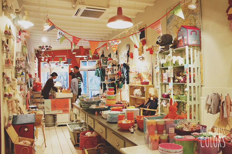 Una tienda vintage en el born ivo co cerrada mr and miss colors - Tiendas de decoracion vintage ...
