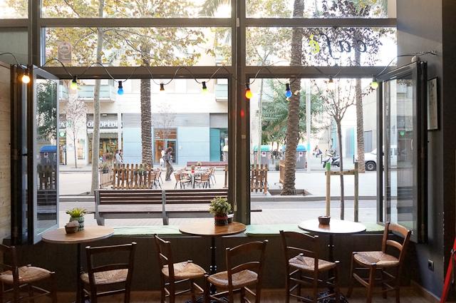 Papas and the mamas una cafeter a con encanto en barcelona for Cafeterias modernas